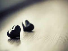 черные сердечки
