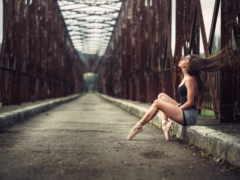 девушка, балерина, мост