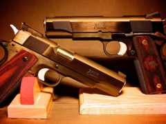 оружие, зброя Фон № 21679 разрешение 2560x1396