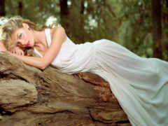платье, девушка, лежит
