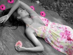 девушка, платье, лежит