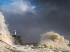 буря, lighthouse