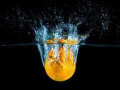 water, оранжевый, брызги