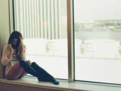 девушка, окно, pic