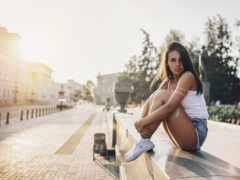 sit, девушка, город