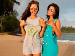 пляж, девушка, две