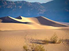 гора, пустыня