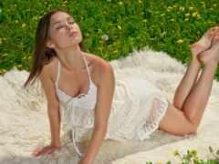 девушка на природе Фон № 50721 разрешение 3840x2160