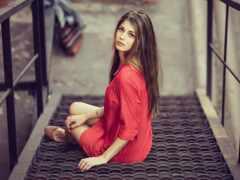 девушка, лестница, красное