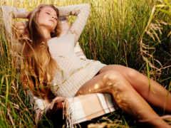 девушка, траве, взгляд