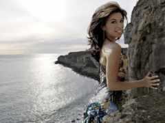 скалы, море, девушка
