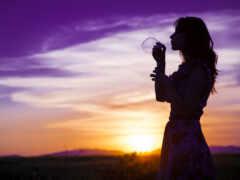 девушка, закат, поле