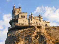 nest, castle, ласточка