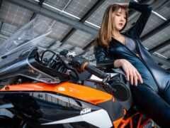 поза, мотоцикл, девушка