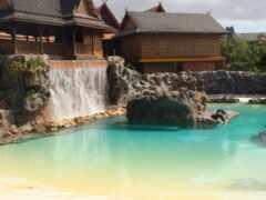 водопад, двор