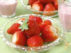 клубника, ягодки,
