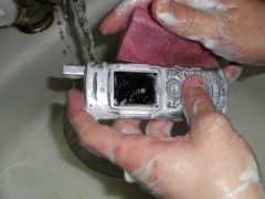 телефончик помылся