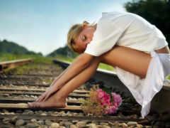 красот, на железной дороге