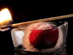 спичка, огонь, лед