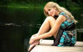 девушка на берегу Фон № 6943 разрешение 1920x1200