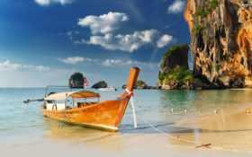 лодка на берегу, тайланд