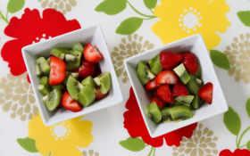 фруктовый салат, клубника