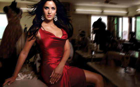 katrina, kaif, dhoom, buzz, race, смерть,