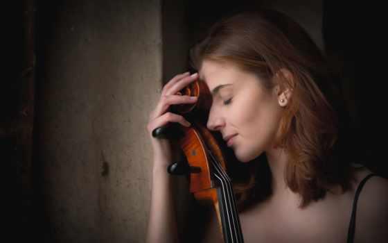 девушка и виолончель