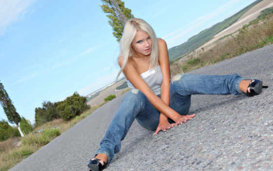 девушка, девушки, джинсах, дорога, небо,