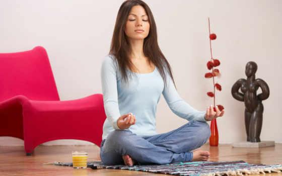 девушка, медитирует, улыбка, настроение, сидит, йога, class, отдых, картинка,