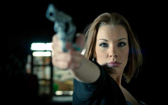девушка, оружие, пистолет