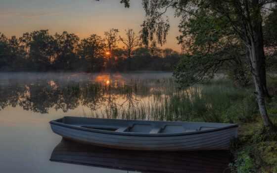 озеро, лодка