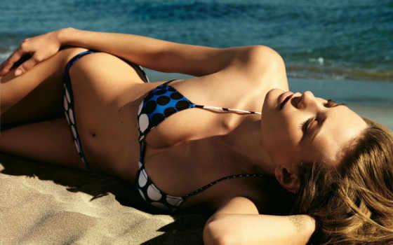 лежит, песке, девушка, купальнике, devushki, банка,