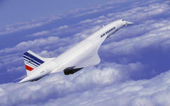 самолет в палете
