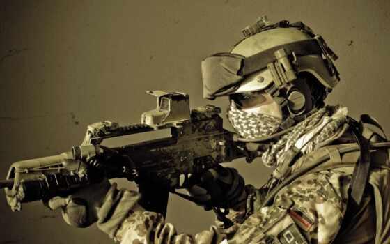 солдат бундесвера в боевой экипировке