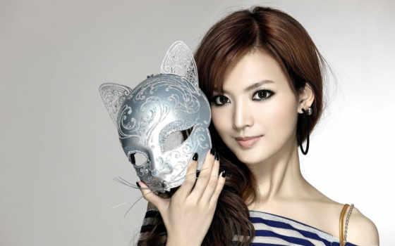 маска, девушка, красивая, оголенные, плечи, обоя, brunette, simple, ключ, asian,