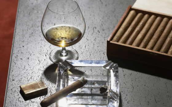 сигары, пепельница, виски