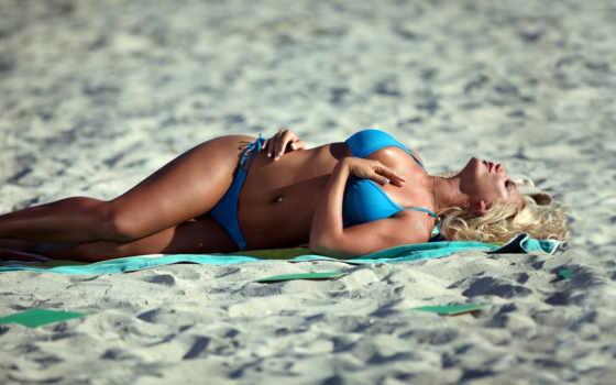blonde, купальнике, песке