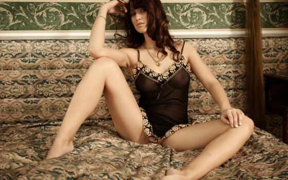 девушка, белье, сидит, нижнее, ножки, кровать, туфли,