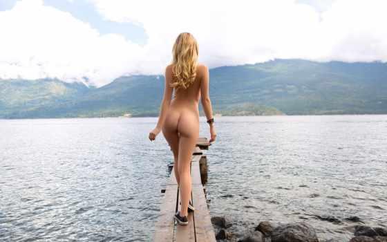 девушка, ass, sexy, обнаженная, озеро, hot, blonde, взгляд, гора