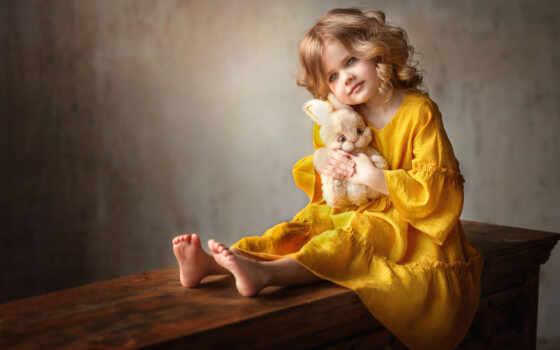 девушка, платье, toy, little, медведь, лицо, содержать, май, космос, foot, ребенок