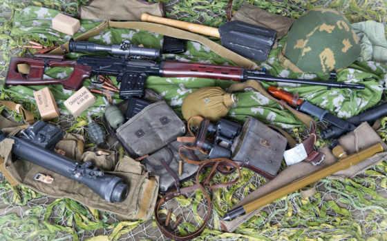 оружие, свд, винтовка, оптика, ремень, граната, штык-нож, обойма, каска, сапёрная лопата