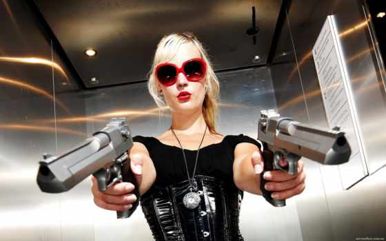 девушек, оружием, девушки, пистолетом, подобраны, категории, марта,