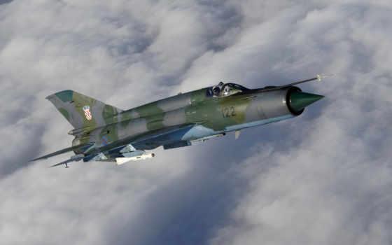 самолет МиГ-21у, полет, впервые