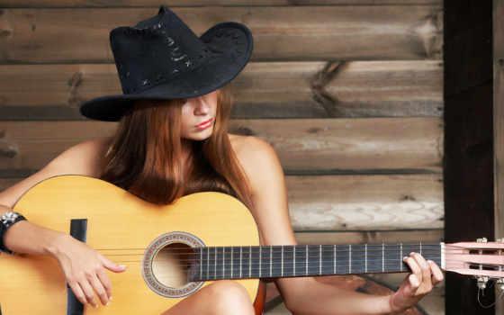 девушка, гитаре, играет, шляпе, играющая, ковбойской, шляпа,