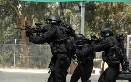 бойцы спедподразделения с ar-15