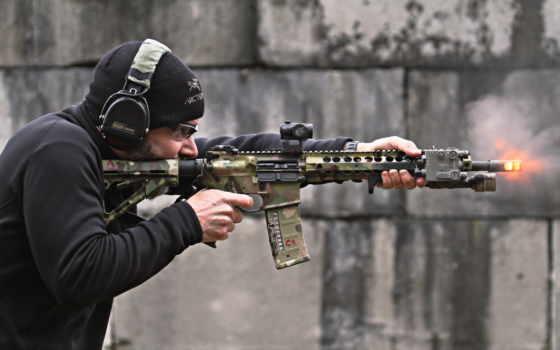 оружие Фон № 27372 разрешение 2560x1600