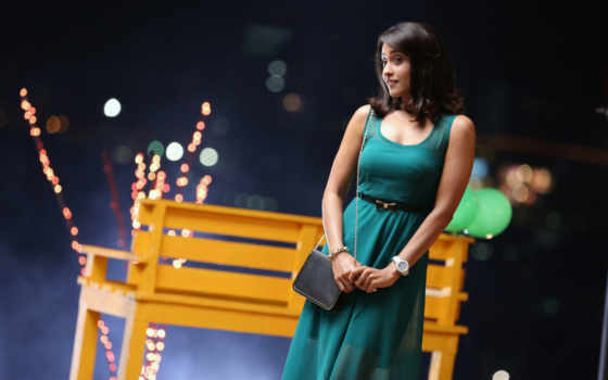 regina, cassandra, latest,