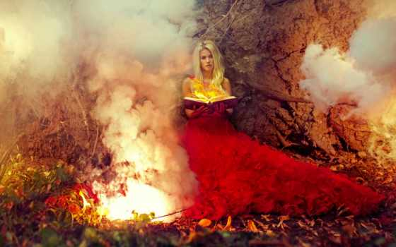 платье, девушка, красное, огонь, модель, красном, книга, devushki, руках, сидит,