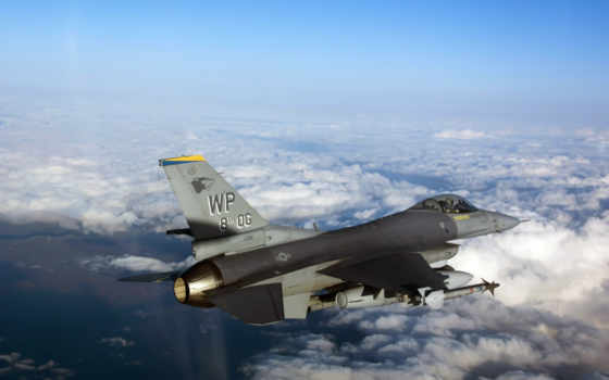f 16 fighting falco
